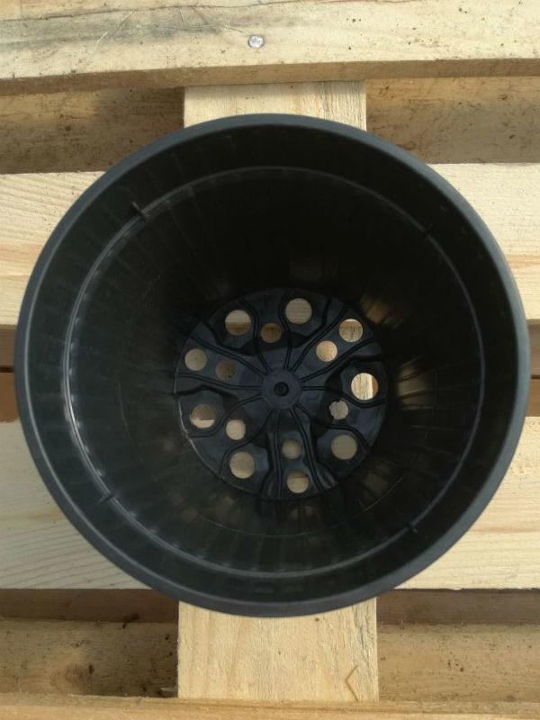 Vasi Neri In Plastica.Vaso In Plastica Nero Diametro 14 Cm Produzione E Vendita Online